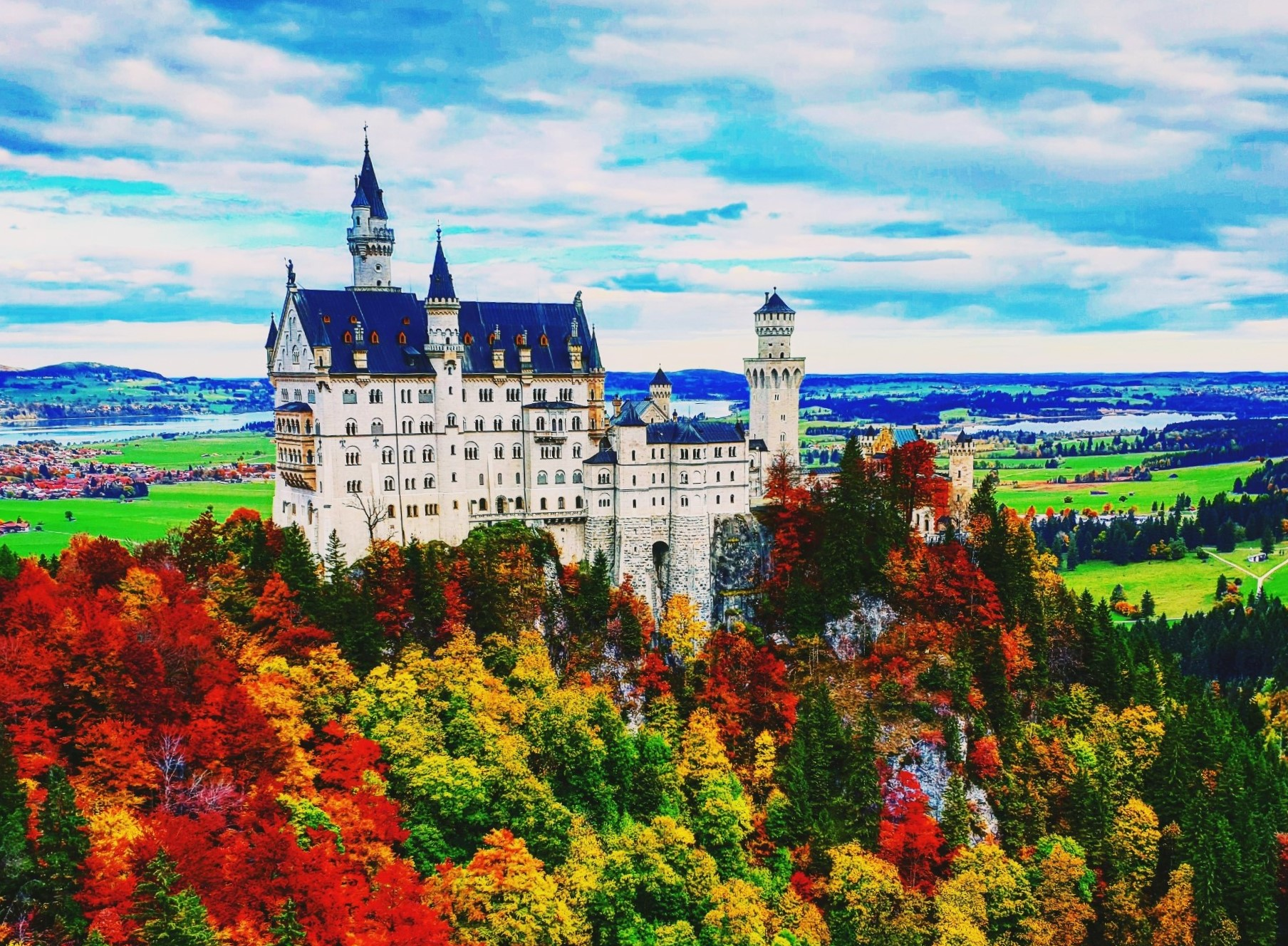 Neuschwanstein Castle and More Private Tour